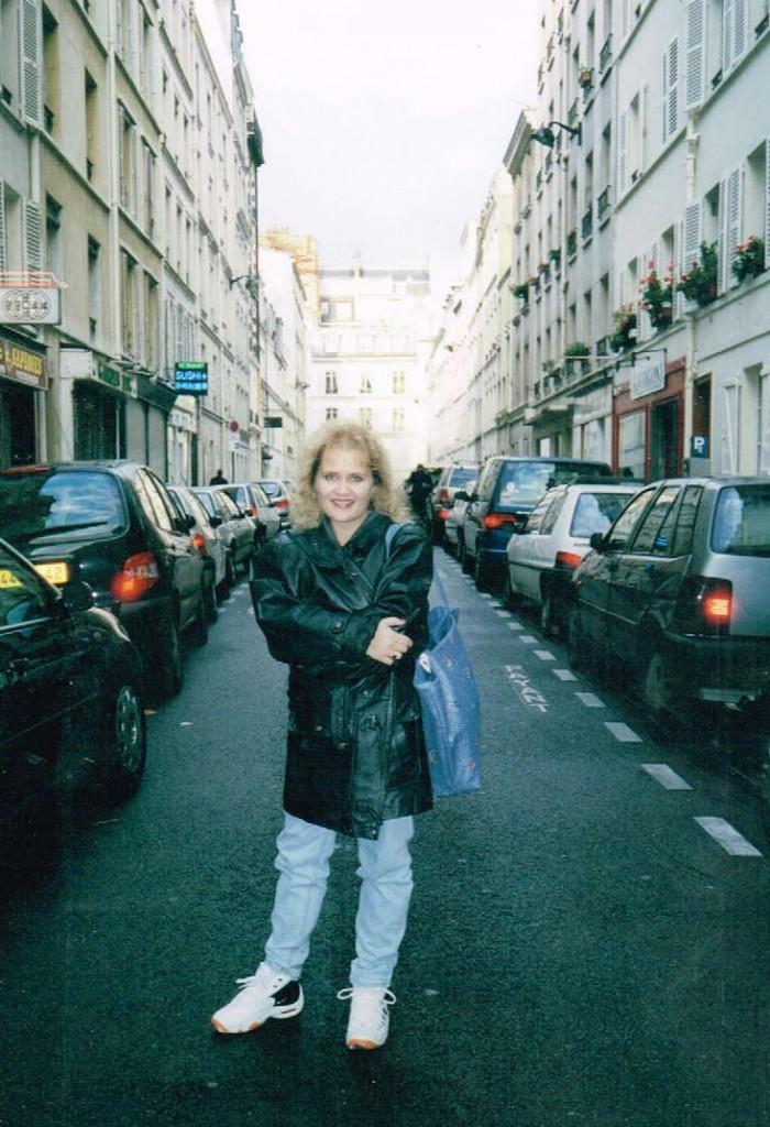 Paris Vicki